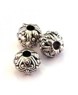 Perle métal ornée 10mm argent vieilli