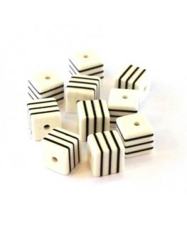Perle cube rayée 8mm blanc x10