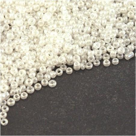 Perles mini rocailles blanc lustré 1,5mm