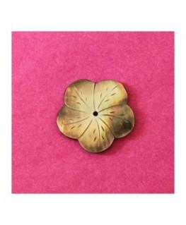 Fleur en nacre taillée 40mm blanc