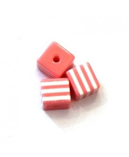 Perles rayées cubes acrylique 7mm rose