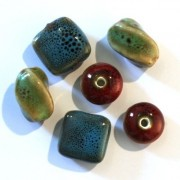 Perles céramique mouchetée